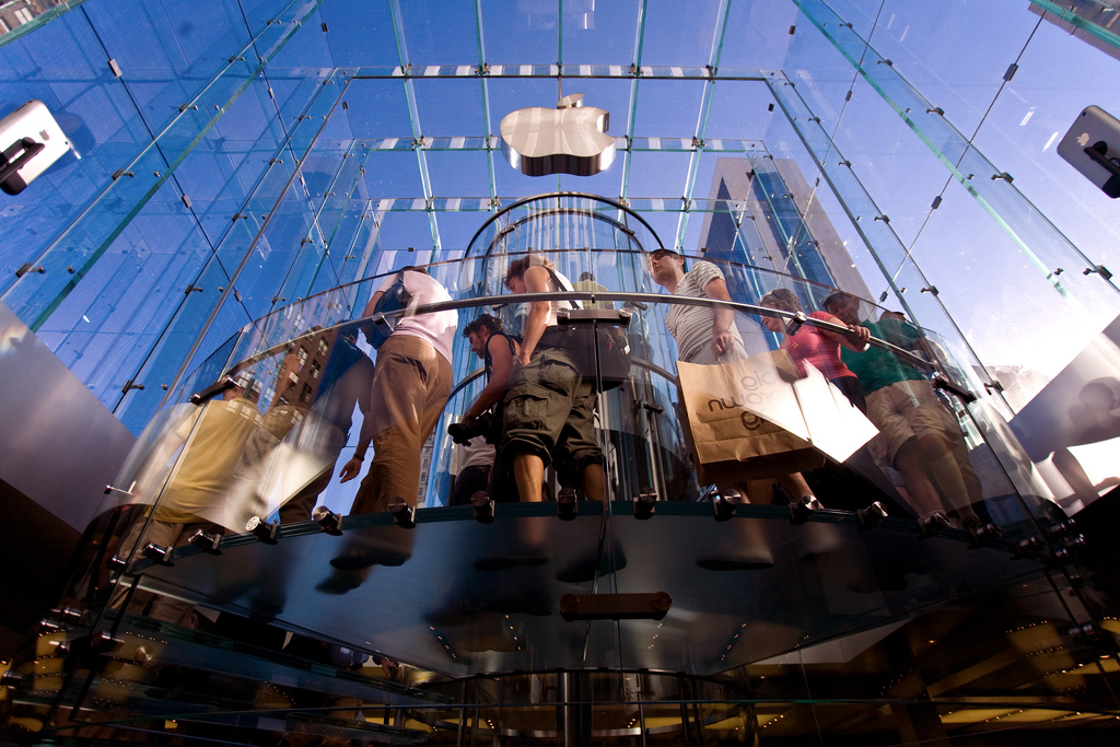 Apple Store, 5th Avenue, New York. Credit Mark Sebastian Flickr