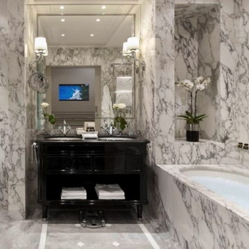 Superior Deluxe Bathroom, Hotel Sacher Wien